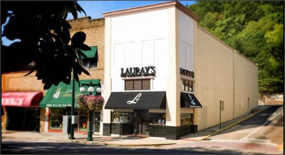 LAURAY'S THE DIAMOND CENTER , ARKANSAS